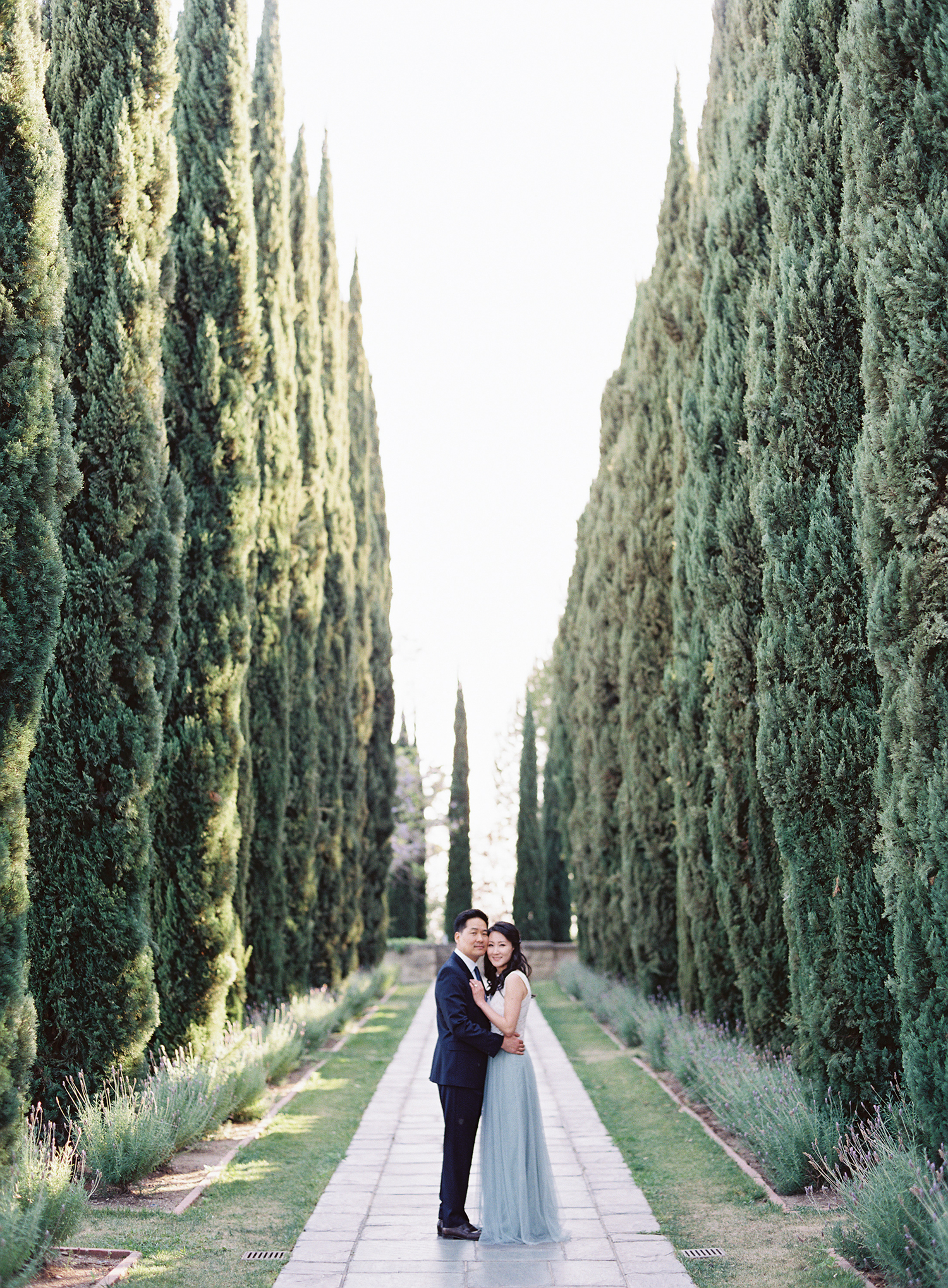 engagement session in los angeles california at greystone mansion
